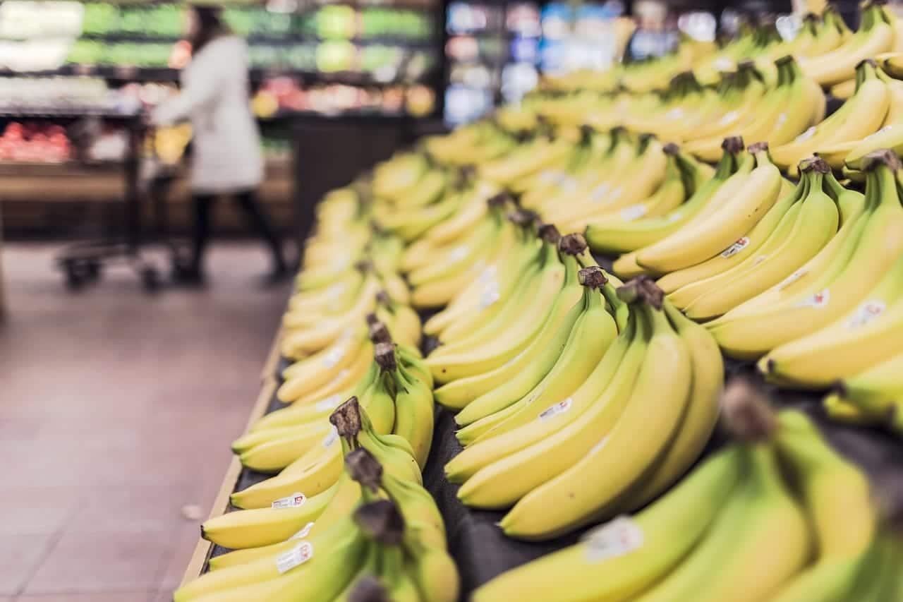 だって流通の仕組みでしょ?スーパーに陳列されている商品は、見方を変えれば転売である。